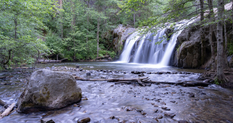 Two Waterfalls, One Hike – Red Rock and Corlieu Falls